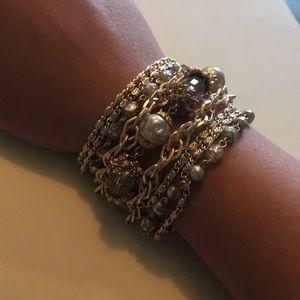 Jewelry - Lovely gold bracelet.
